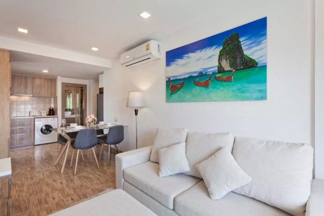 Top Floor Nai Harn Foreign Freehold Condominium for Sale Image by Phuket Realtor