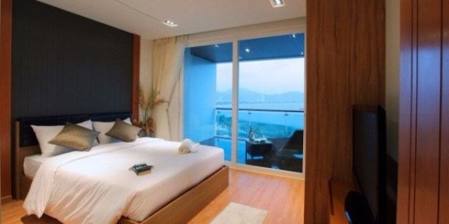 Foreign Freehold Condominium for Sale outside Patong Image by Phuket Realtor