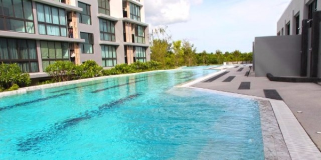 Foreign Freehold Downtown Apartment Unit For Sale Image by Phuket Realtor