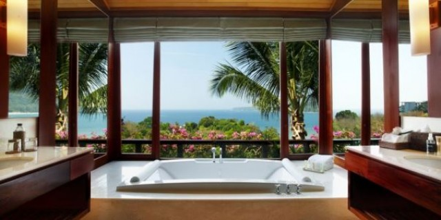 Luxury Branded Six Bedroom Private Pool Villa for Sale Image by Phuket Realtor