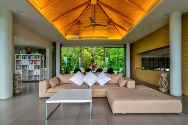 Three Bedroom Sea View Luxury Villa for Sale Image by Phuket Realtor