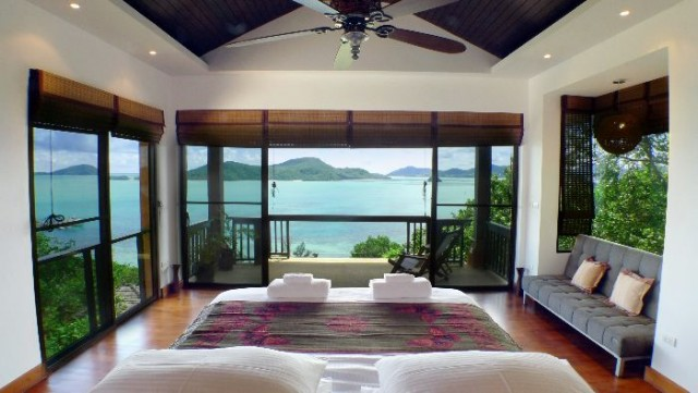 Gigantic Sea View Luxury Pool Villa for Sale Image by Phuket Realtor