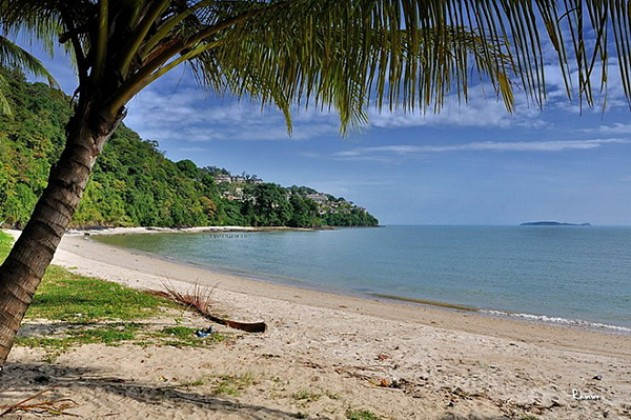 Beachfront East Coast Phuket Condominium For Sale Image by Phuket Realtor