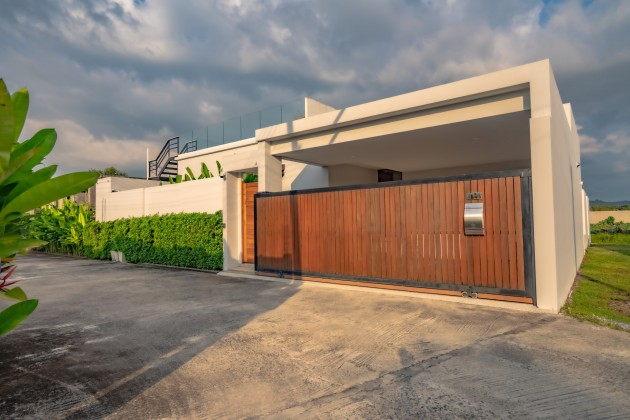 You'll Love This 4 Bed Pool Villa for Sale | No Estate Fees Image by Phuket Realtor
