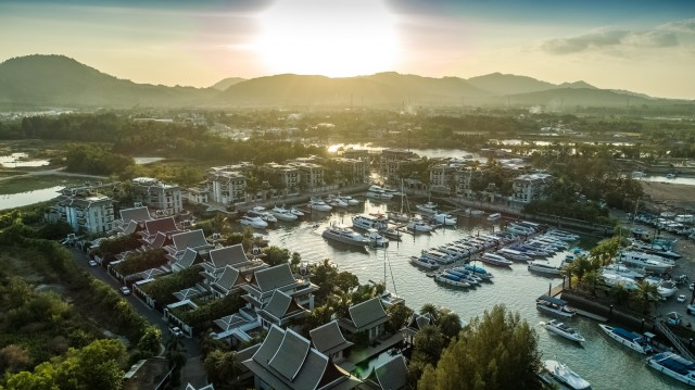 Must See Marina Penthouse with Private Boat Garage for Sale Image by Phuket Realtor